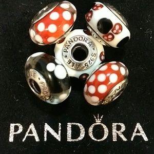 Pandora's set of 5 Minnie/Mickey Murano Beads